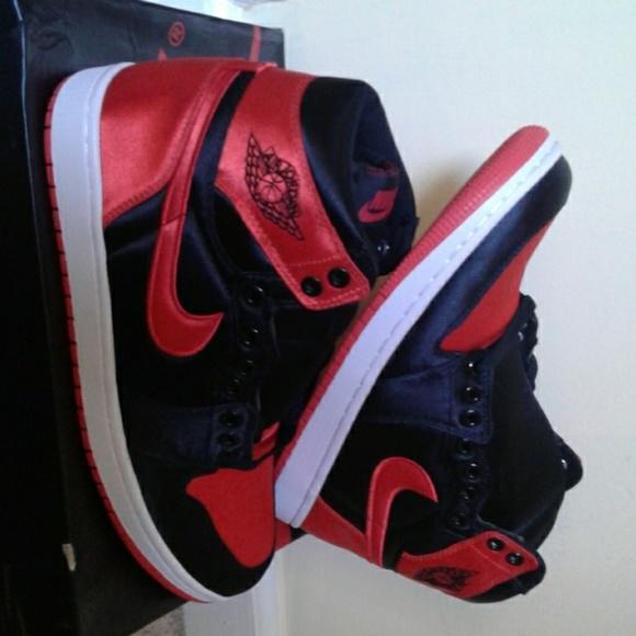 Nike Jordan scarpe Air Jordan Nike 1 Satin Deadstock Poshmark d09b08